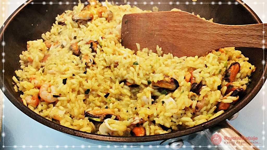 Owoce morza z ryżem